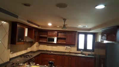 Gallery Cover Image of 7000 Sq.ft 5 BHK Apartment for rent in DLF Phase 3 for 200000
