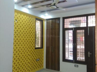 Gallery Cover Image of 1300 Sq.ft 3 BHK Independent Floor for buy in Sector 44 for 4250000