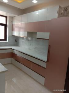 Gallery Cover Image of 1300 Sq.ft 2 BHK Apartment for rent in Sector 22 Dwarka for 29000