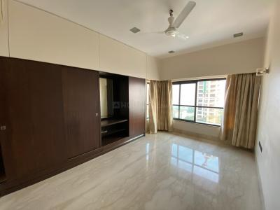 Gallery Cover Image of 1650 Sq.ft 3 BHK Apartment for rent in Cuffe Parade for 210000