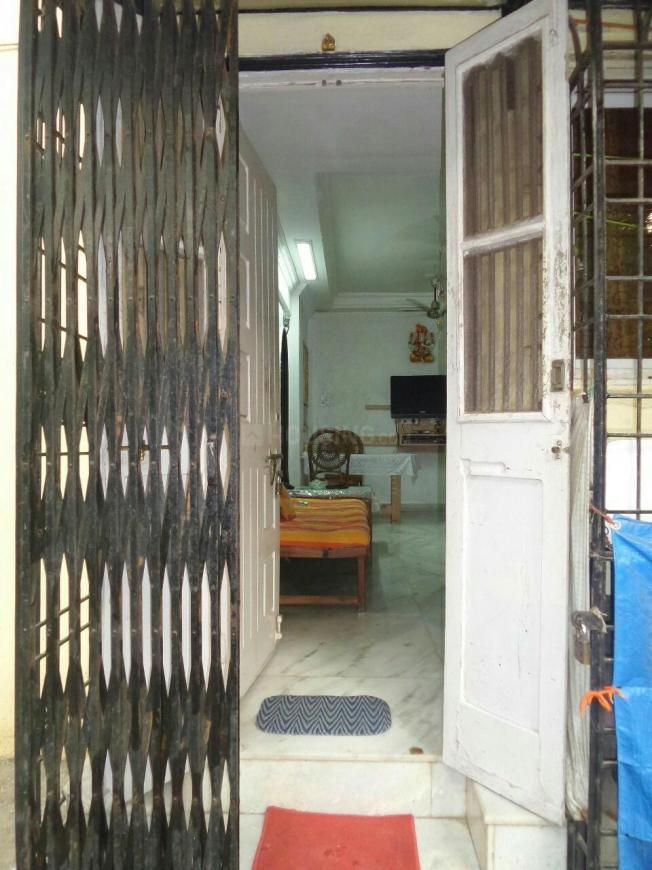 Main Entrance Image of 1000 Sq.ft 2 BHK Independent House for buy in Chembur for 30000000
