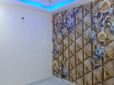 Gallery Cover Image of 390 Sq.ft 1 RK Independent Floor for buy in Uttam Nagar for 750000