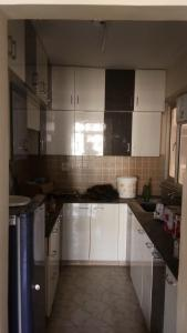 Gallery Cover Image of 1390 Sq.ft 3 BHK Apartment for rent in Ridge Residency, Sector 135 for 18000