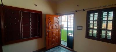Gallery Cover Image of 340 Sq.ft 1 BHK Independent Floor for rent in R. T. Nagar for 8500