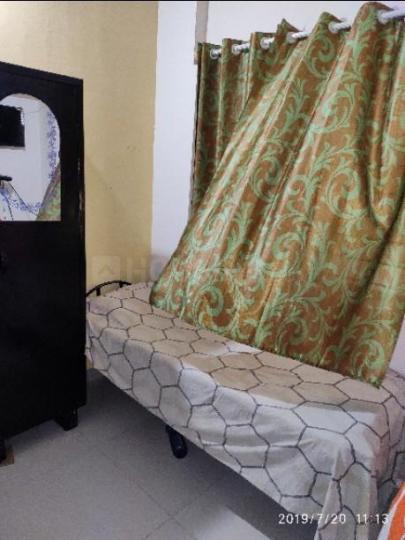 बोम्मनहल्ली में गौतम लेडिज पीजी के बेडरूम की तस्वीर