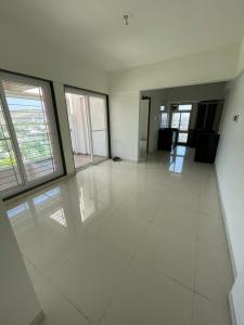 Gallery Cover Image of 900 Sq.ft 2 BHK Apartment for buy in Saarrthi Serenity, Kothrud for 10000000