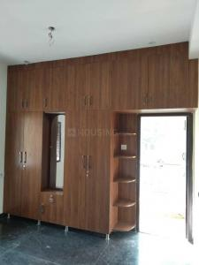 Gallery Cover Image of 975 Sq.ft 2 BHK Apartment for buy in Vadapalani for 7800000
