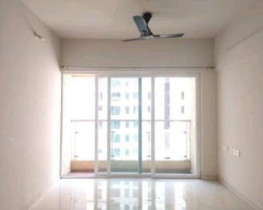 Gallery Cover Image of 953 Sq.ft 2 BHK Apartment for rent in Rustomjee Urbania Azziano, Thane West for 28000