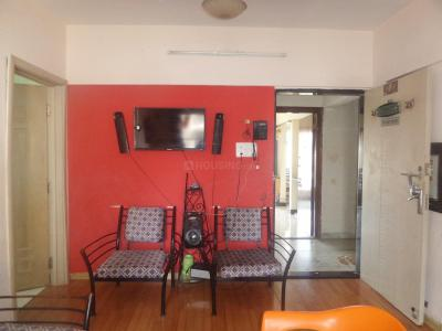 Gallery Cover Image of 840 Sq.ft 2 BHK Apartment for rent in Goregaon East for 22000