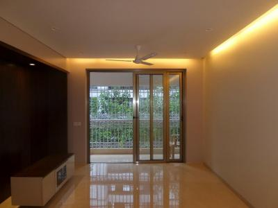 Gallery Cover Image of 1700 Sq.ft 3 BHK Apartment for rent in Santacruz East for 75000