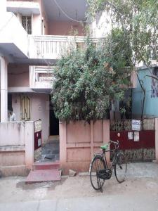Gallery Cover Image of 4000 Sq.ft 5+ BHK Independent House for buy in Satyaranayana Puram for 16000000