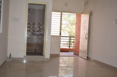 Gallery Cover Image of 210 Sq.ft 1 RK Independent House for rent in Kartik Nagar for 7000