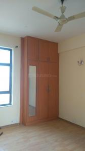 Gallery Cover Image of 2800 Sq.ft 4 BHK Apartment for rent in Zeta I Greater Noida for 25000
