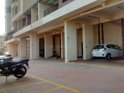 Gallery Cover Image of 900 Sq.ft 2 BHK Apartment for rent in Kasarvadavali, Thane West for 25000