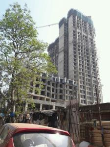 Gallery Cover Image of 1415 Sq.ft 3 BHK Apartment for buy in Malad West for 27500000