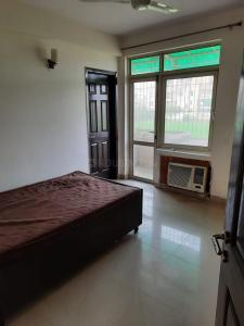 Gallery Cover Image of 1239 Sq.ft 3 BHK Apartment for rent in Unitech Woodstock Floors, Sector 50 for 33000