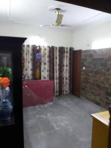 Gallery Cover Image of 1650 Sq.ft 3 BHK Independent Floor for buy in Janakpuri for 14000000