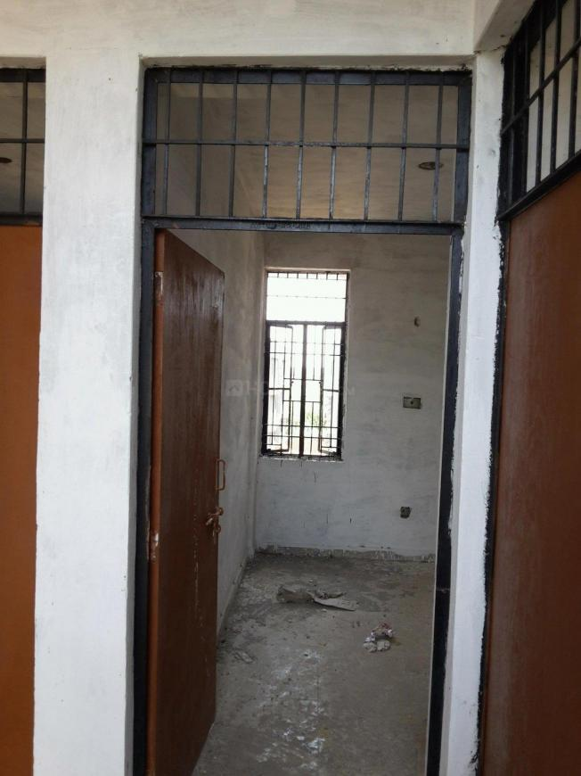 Main Entrance Image of 320 Sq.ft 1 BHK Apartment for rent in MU II Greater Noida for 3000
