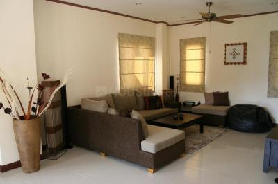 Gallery Cover Image of 1600 Sq.ft 3 BHK Independent Floor for buy in Salt Lake City for 10000000