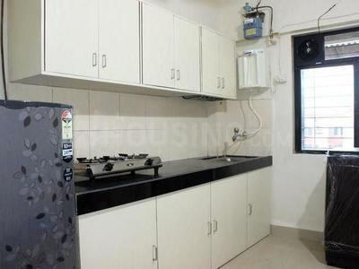 Gallery Cover Image of 640 Sq.ft 1 BHK Apartment for rent in Kandivali East for 22000
