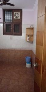 Bathroom Image of Yogita PG in Laxmi Nagar