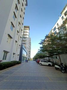 Gallery Cover Image of 1200 Sq.ft 2 BHK Apartment for rent in Prospect Silverton Apartments, GB Palya for 25000