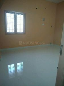 Gallery Cover Image of 800 Sq.ft 2 BHK Independent House for rent in Kolathur for 8000