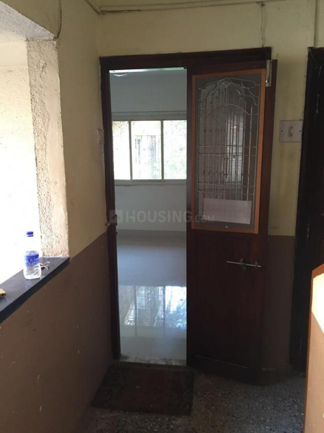 Living Room Image of 1000 Sq.ft 2 BHK Apartment for rent in Santacruz West for 60000