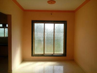 Gallery Cover Image of 745 Sq.ft 2 BHK Apartment for rent in Mira Road East for 13500