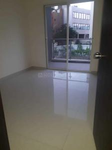 Gallery Cover Image of 1650 Sq.ft 3 BHK Apartment for rent in Kharadi for 30000