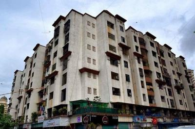 Gallery Cover Image of 860 Sq.ft 2 BHK Apartment for rent in Kandivali East for 33000