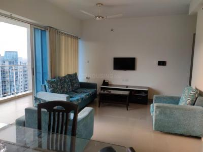 Gallery Cover Image of 1100 Sq.ft 2 BHK Apartment for rent in Amanora Aspire Towers, Hadapsar for 32000