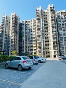 Gallery Cover Image of 1368 Sq.ft 2 BHK Apartment for buy in Aroma Tirupati Aakruti Greenz, Chharodi for 4650000