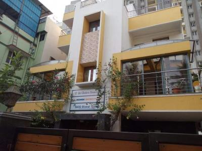 Building Image of Adhithya Mens Hostel in Anna Nagar West Extension