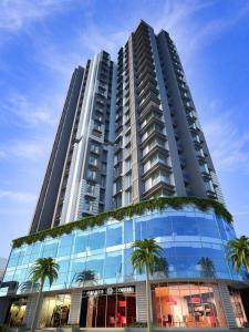 Gallery Cover Image of 715 Sq.ft 2 BHK Apartment for buy in Puneet Prime Phase 2 Floor 3 To Floor 16, Kurla East for 11200000