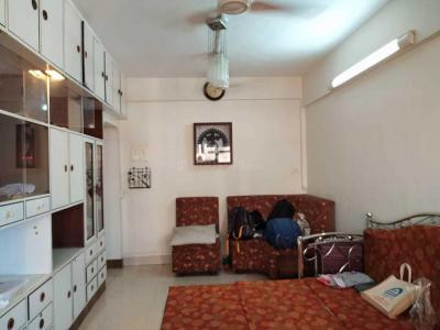 Gallery Cover Image of 450 Sq.ft 1 BHK Apartment for rent in The Madhav Nagar CHS, Dadar West for 35000