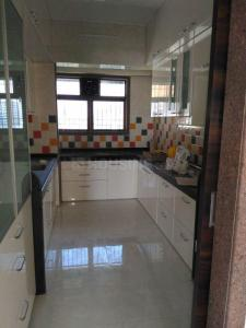 Gallery Cover Image of 1600 Sq.ft 3 BHK Apartment for rent in Ghatkopar East for 70000