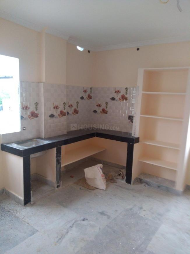 Kitchen Image of 120 Sq.ft 1 RK Apartment for rent in Kondapur for 8000
