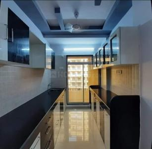 Gallery Cover Image of 880 Sq.ft 2 BHK Apartment for rent in Andheri West for 48000