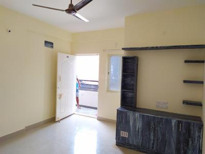 Gallery Cover Image of 1000 Sq.ft 2 BHK Apartment for rent in Kartik Nagar for 17000