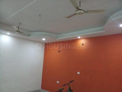 Gallery Cover Image of 2000 Sq.ft 2 BHK Independent Floor for rent in Sikandra for 10000