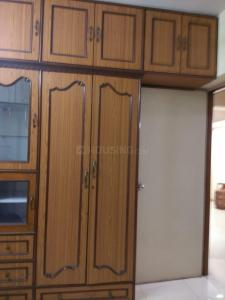 Gallery Cover Image of 800 Sq.ft 2 BHK Apartment for rent in Dahisar East for 30000