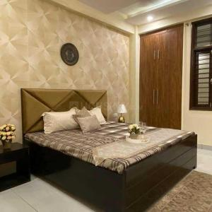 Gallery Cover Image of 925 Sq.ft 2 BHK Apartment for buy in Vihaan Galaxy, Kulesara for 2350000