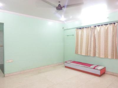 Gallery Cover Image of 985 Sq.ft 3 BHK Apartment for buy in Prabhadevi for 35000000