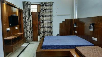 Gallery Cover Image of 350 Sq.ft 1 RK Apartment for rent in Jasola for 16500