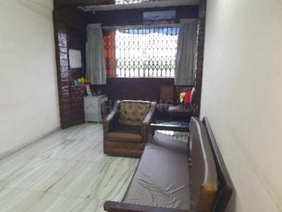 Gallery Cover Image of 350 Sq.ft 1 RK Apartment for rent in Vile Parle West for 28000