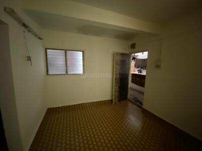 Gallery Cover Image of 450 Sq.ft 1 BHK Apartment for rent in Triveni Nagar, Hadapsar for 5000
