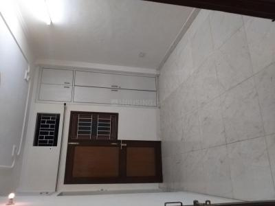 Gallery Cover Image of 1300 Sq.ft 2 BHK Independent House for rent in Vikaspuri for 17000