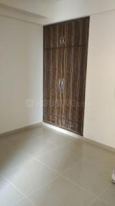 Gallery Cover Image of 1450 Sq.ft 3 BHK Apartment for rent in Pandav Nagar for 14000