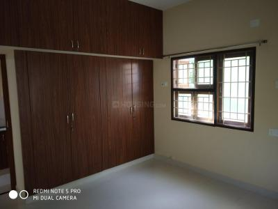 Gallery Cover Image of 1650 Sq.ft 3 BHK Independent Floor for rent in Madipakkam for 28000